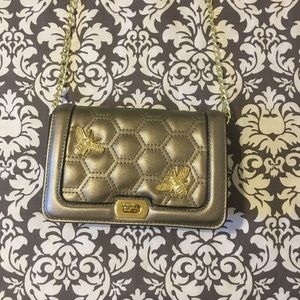 Bee Design Small Flap Lock Clutch Purse